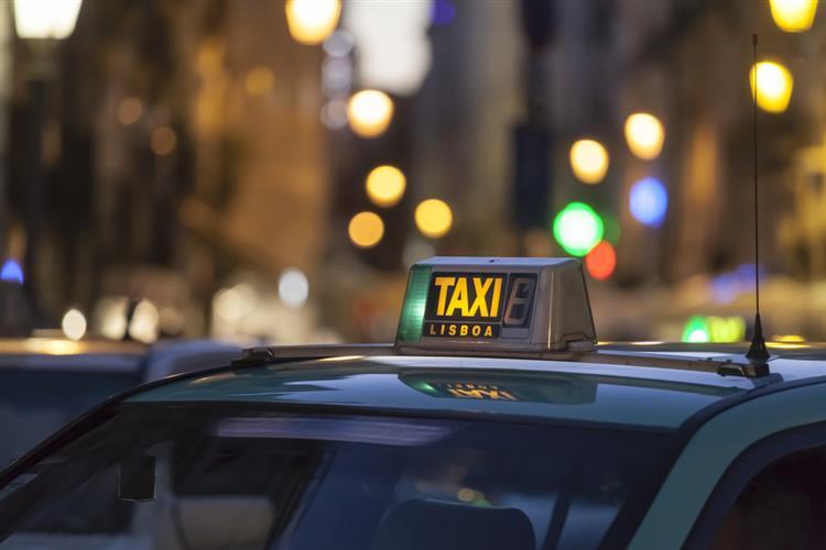 Conhece os táxis marítimos? Já existem em Portugal