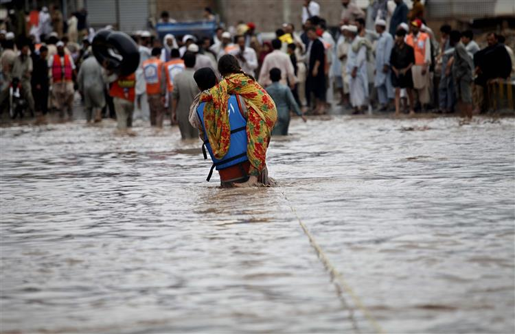 Paquistão. Chuvas torrenciais fazem 81 mortos
