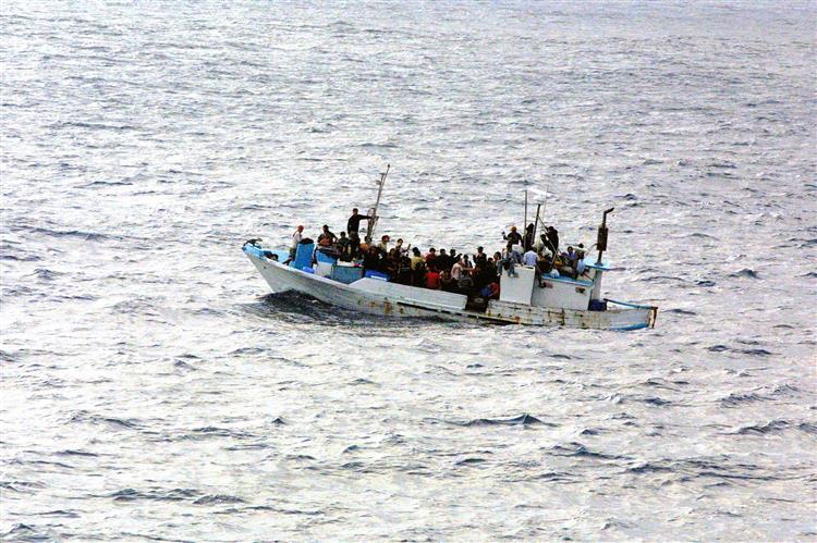 Marinha portuguesa em missão em Espanha para controlar fluxos migratórios