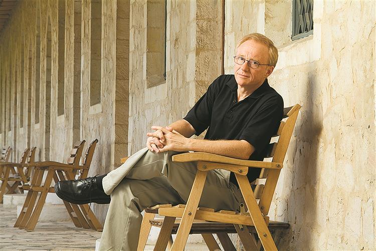 David Grossman: 'Estaremos viciados na guerra?'