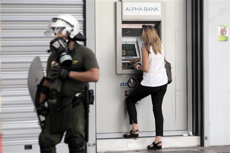Grécia. 'Sim' com ligeira vantagem nas sondagens