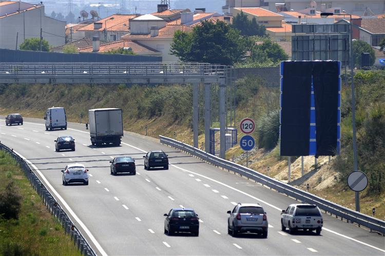 Trânsito lento na A5