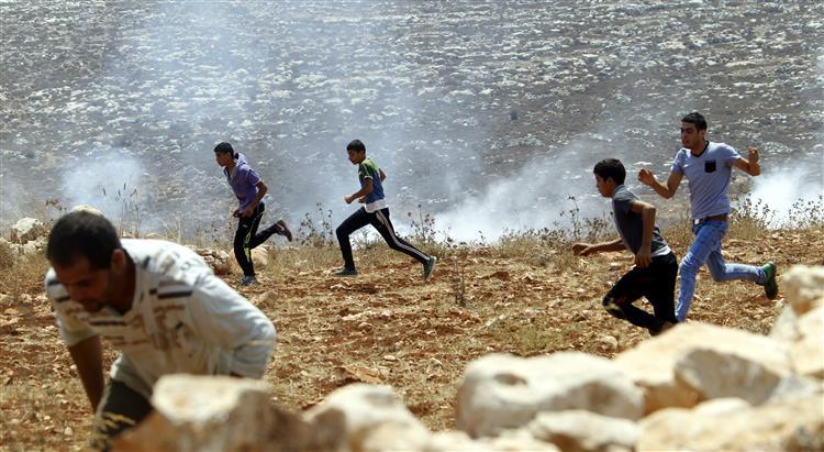 Confrontos entre colonos e palestinianos na Cisjordânia