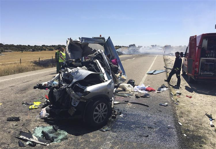 Português sobrevivente do acidente em Espanha permanece nos Cuidados Intensivos