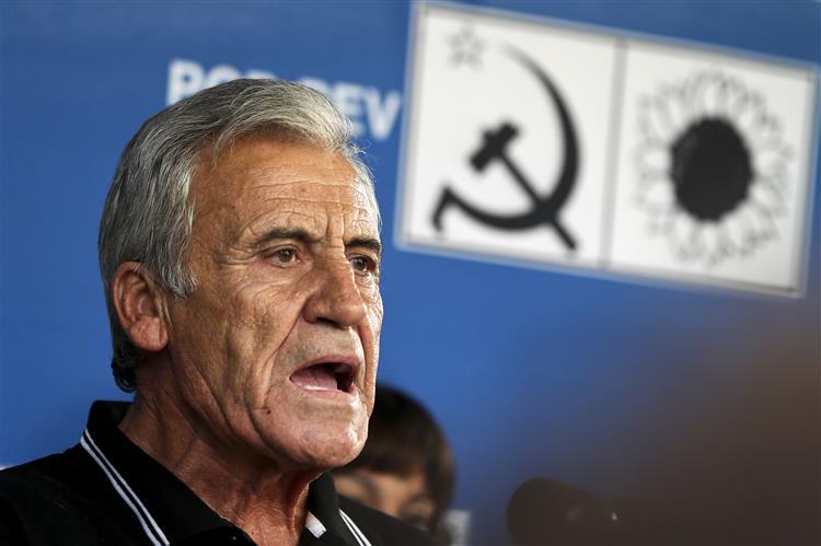 Jerónimo admite viabilizar candidatura presidencial de esquerda