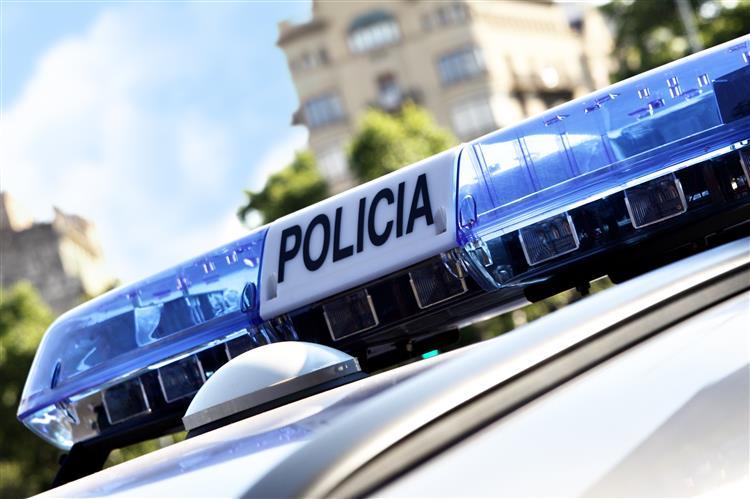 Polícia faz buscas à sede do partido do presidente regional da Catalunha