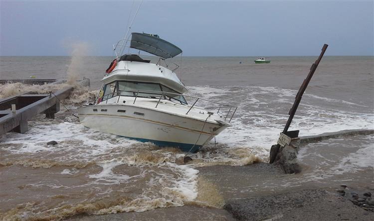 Estado de emergência declarado na Florida devido à tempestade tropical Erika