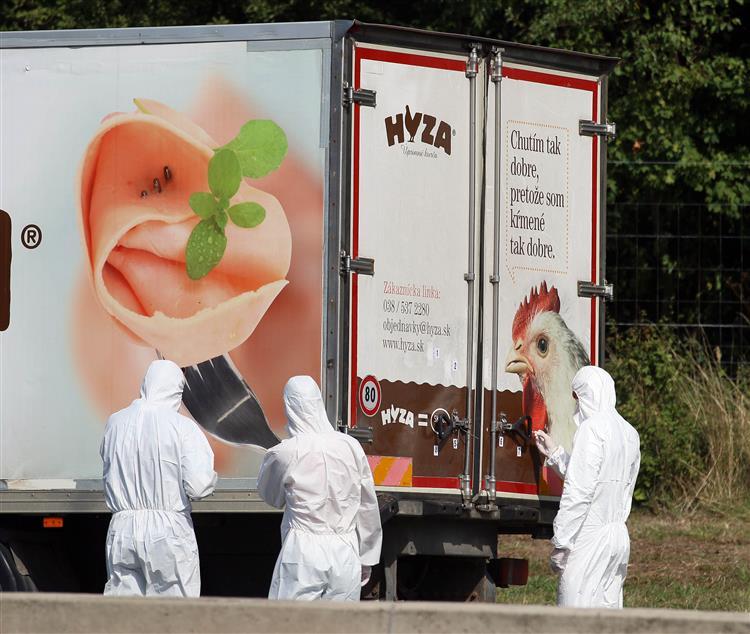 Hungria responsabiliza UE pela morte dos 71 migrantes encontrados na Áustria