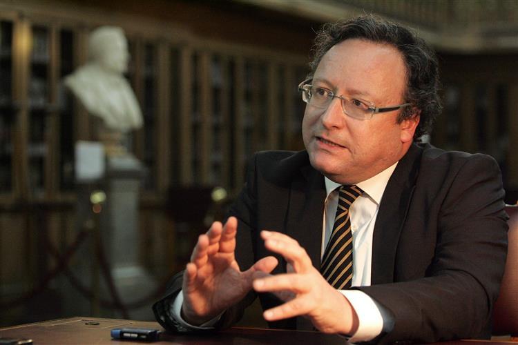 PS acusa Rangel de 'tentativa clara de partidarização da justiça'