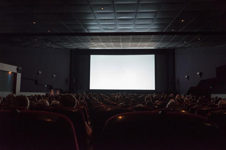 """""""O pátio das cantigas"""" foi o segundo filme mais visto no fim-de-semana de estreia"""