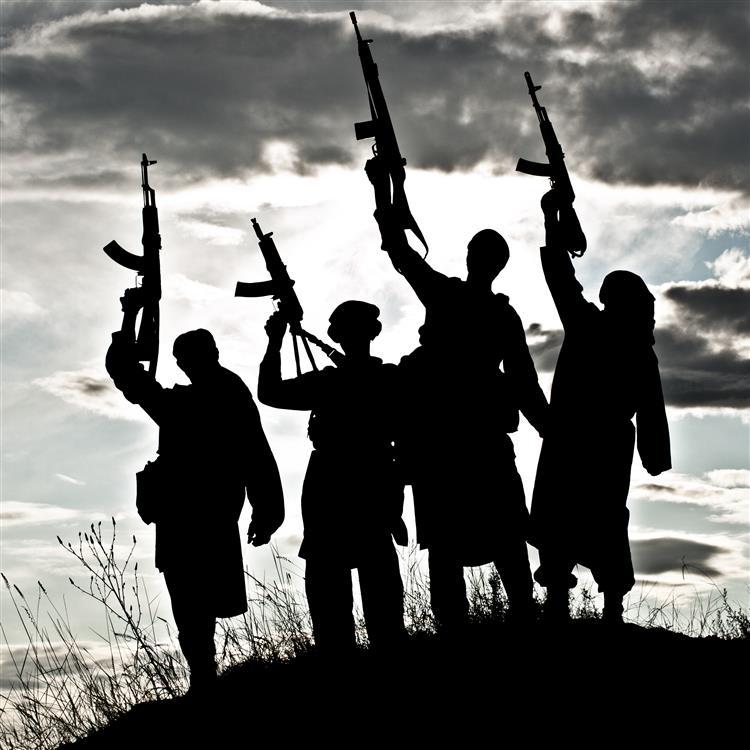 Estado Islâmico executou quase 100 pessoas só no último mês