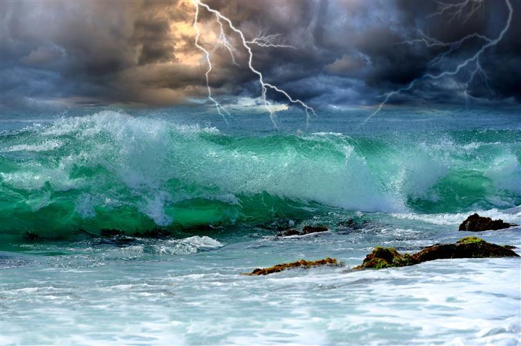 """Tempestade tropical """"Fred"""" poderá atingir Cabo Verde nas próximas 48 horas"""