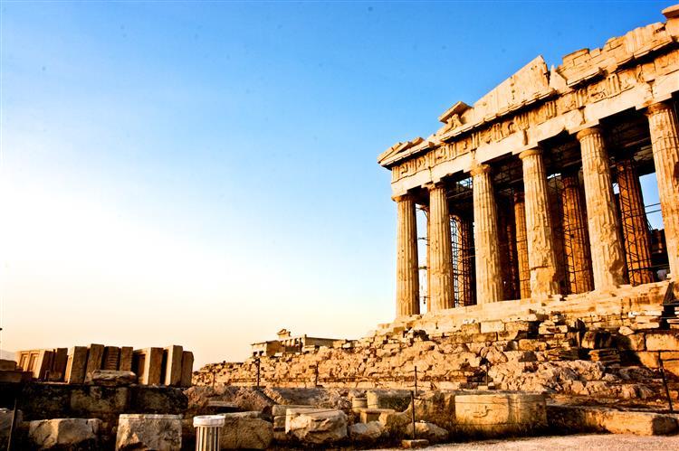 Atenas espera que 3.º resgate seja redigido quarta-feira
