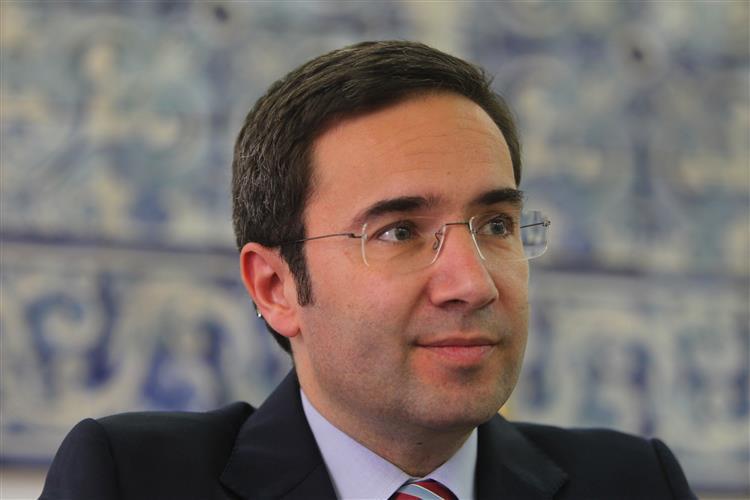 Jorge Moreira da Silva: 'Governo criou condições para reabilitar Estado Social' [vídeo]