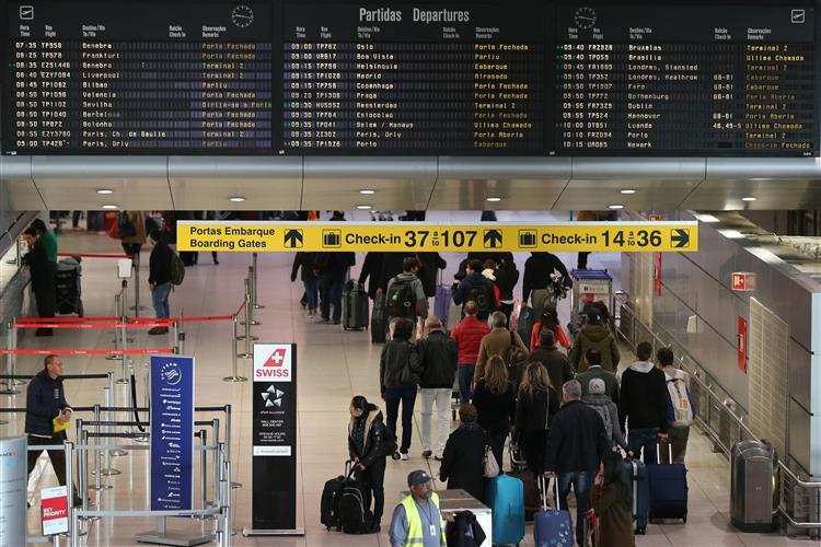 Aeroporto de Lisboa vai mudar de nome