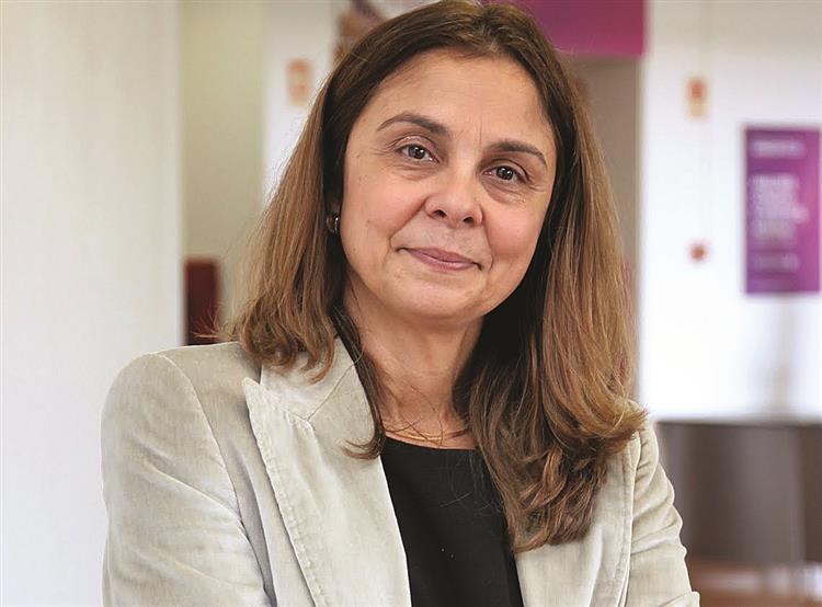Ana Paula Martins eleita bastonária dos farmacêuticos