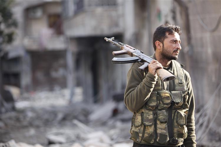 Ofensiva em Alepo gera nova vaga de refugiados