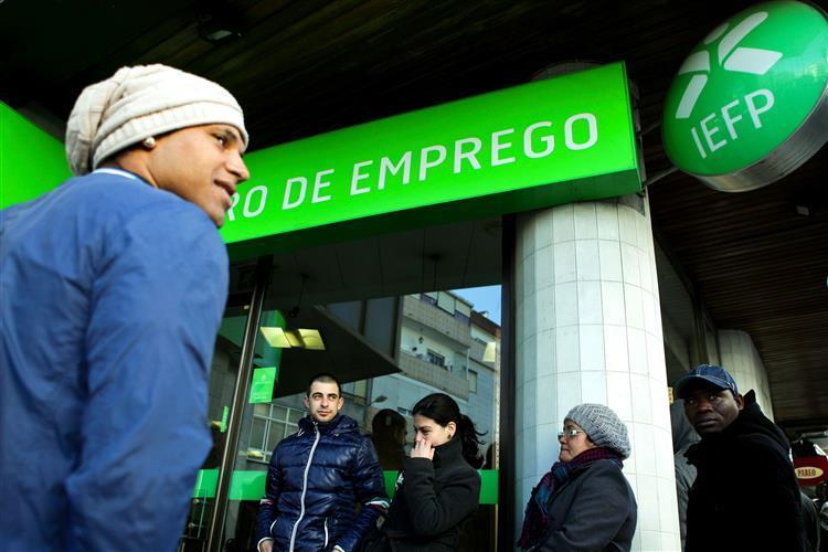 Portugal é o segundo país com taxa de desemprego mais elevada da OCDE