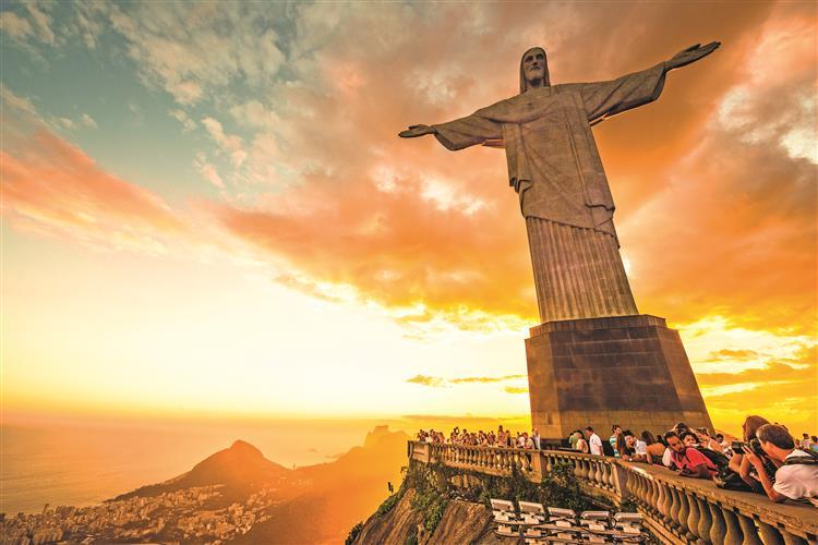 Brasil: um país a prestações
