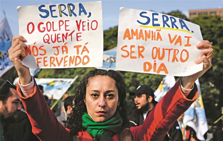 Destituição de Dilma esteve sob escuta