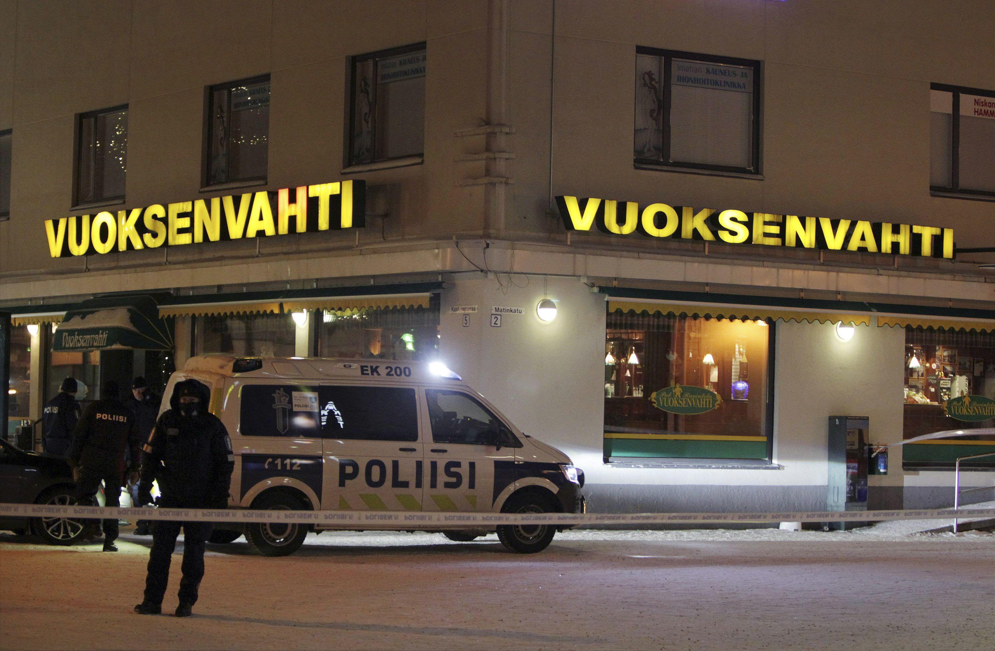 Autarca e duas jornalistas mortas a tiro na Finlândia