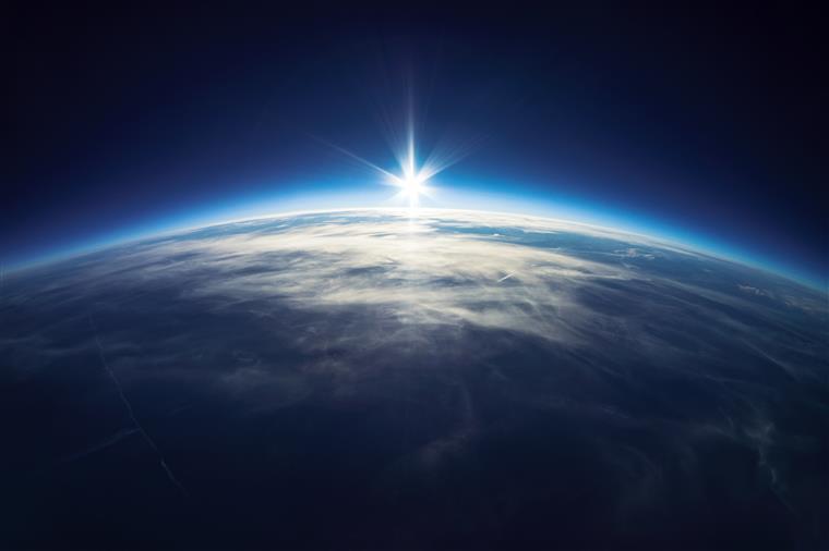 A Terra tem abanado muito nos últimos dias
