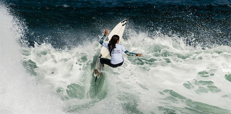 Surf: as melhores do mundo estão na praia do Guincho