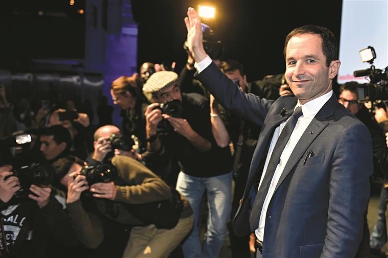 Benoît Hamon, o Bernie Sanders francês, está na frente da esquerda