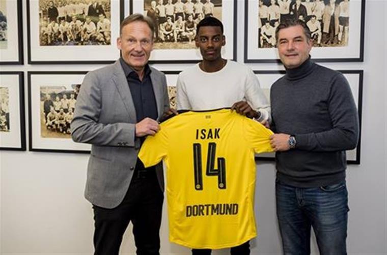 Liga dos Campeões. Dortmund contrata promessa sueca