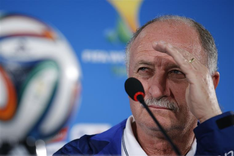 'Benfica deverá ser campeão', diz Scolari